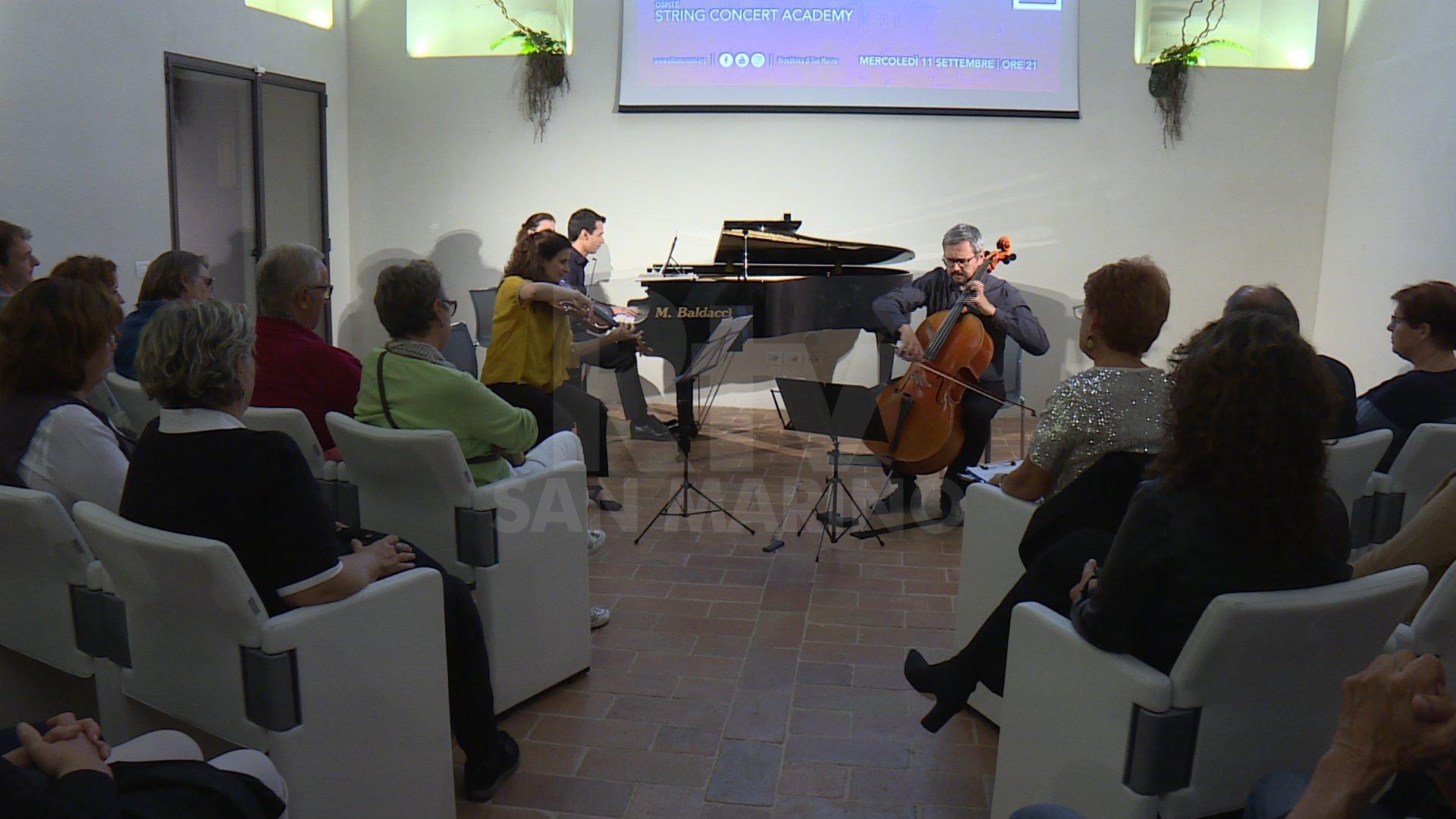 Salotto D Autore.Salotto D Autore In Musica Villa Manzoni Ospita Giovani Talenti