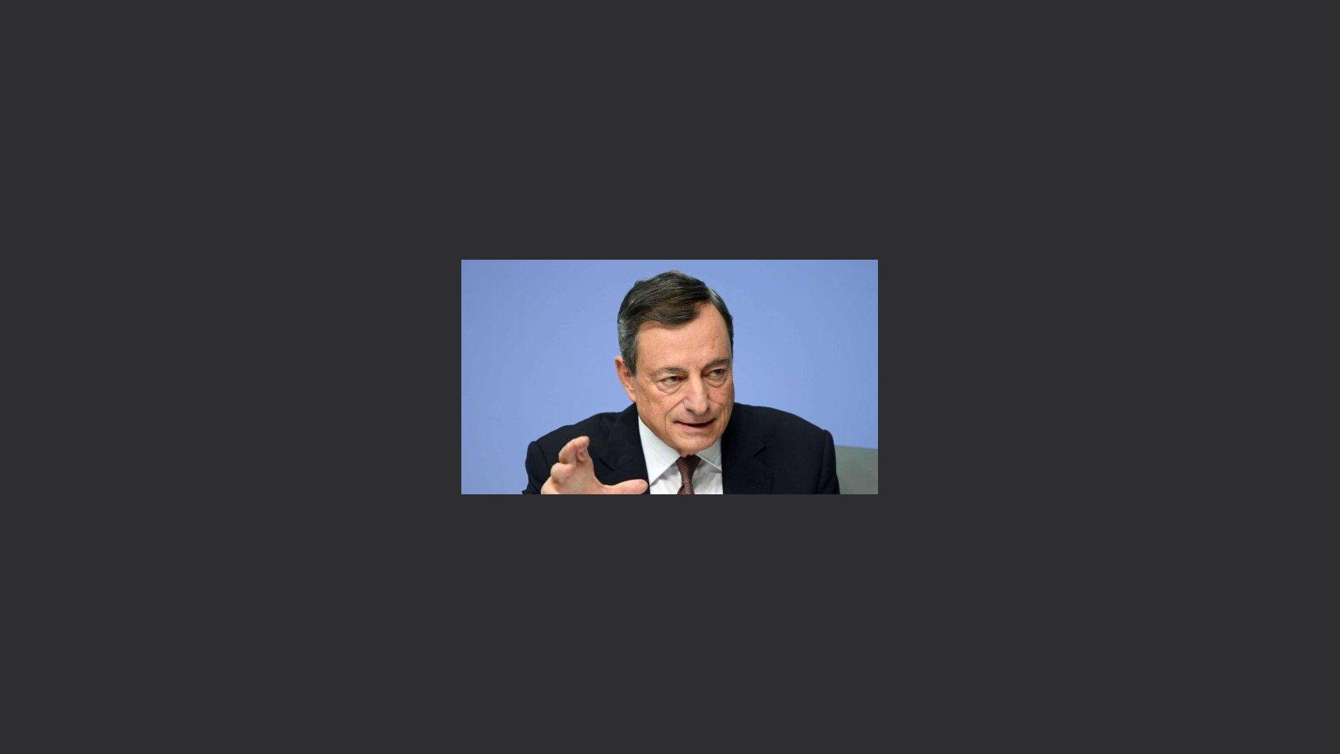Draghi: siamo in guerra, agiamo insieme