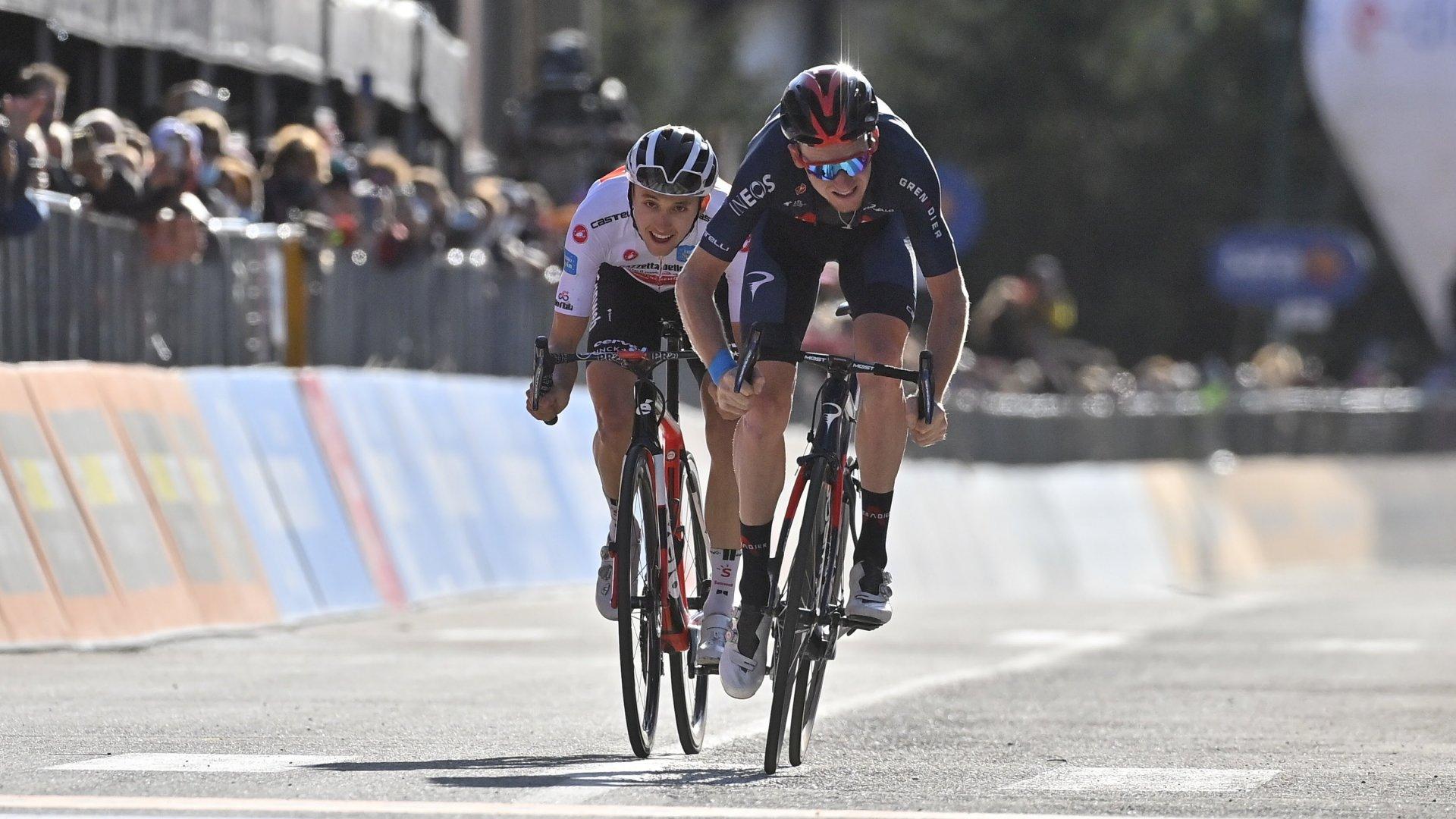 Giro d'Italia: nella tappa Alba-Sestriere Hindley indossa la maglia rosa