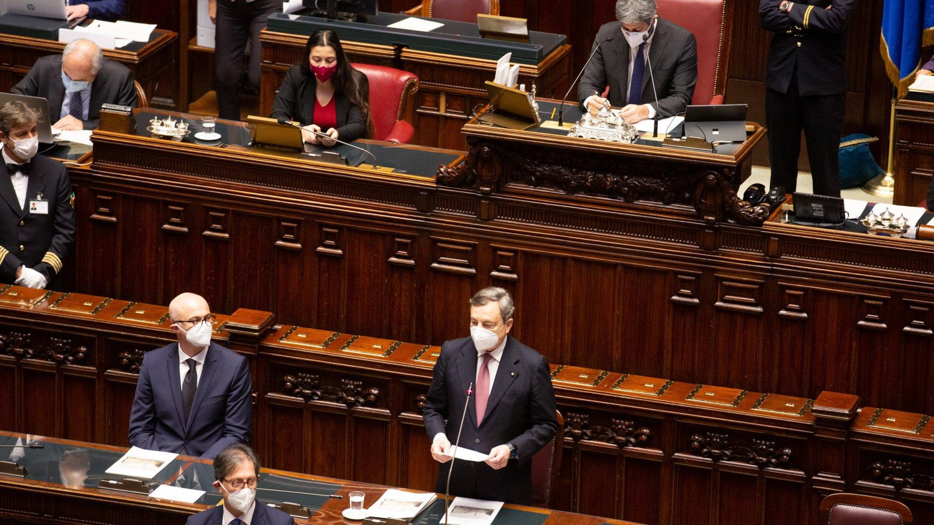 535 voti a favore, il governo Draghi incassa la fiducia alla Camera
