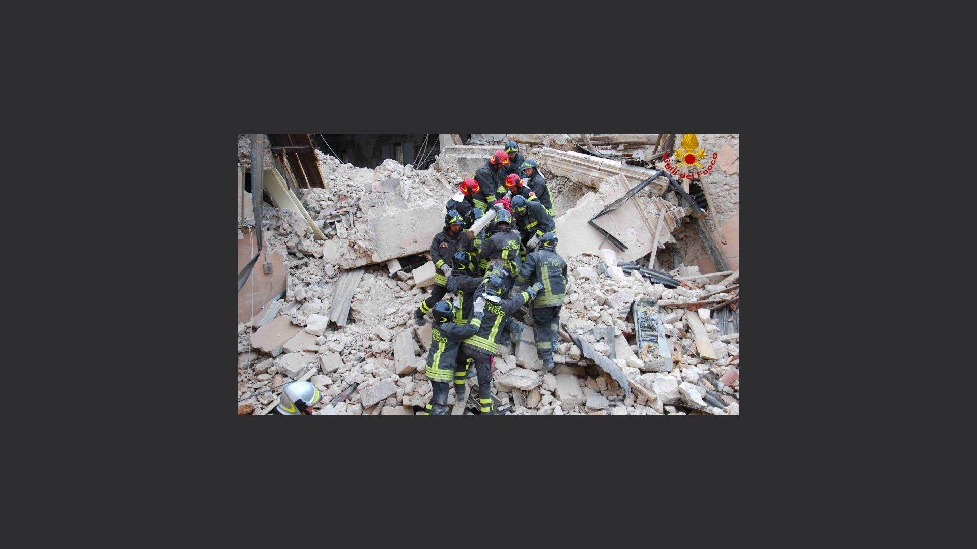 L'Aquila, 12 anni fa tragedia del sisma. Sindaco: