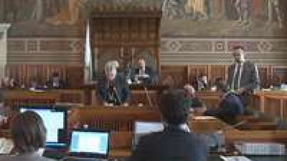 San Marino - Consiglio: approvati contratto PA e stabilizzazioni