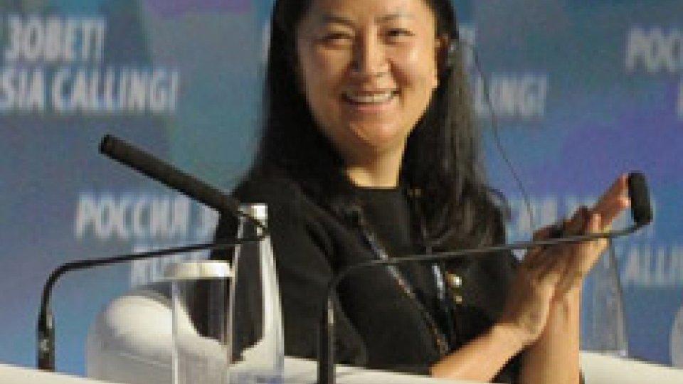 Meng WanzhouCanada: arrestata numero 2 di Huawei. Terremoto nelle Borse