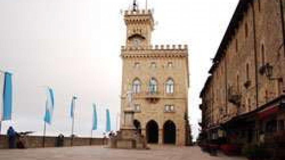 Palazzo PubblicoVia libera dei Garanti alle firme del referendum sul Polo del Lusso