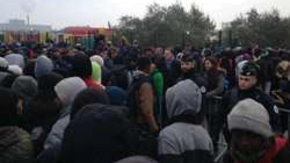 Il raduno dei migranti