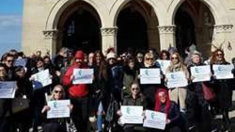La protesta dei dipendenti One Gallery