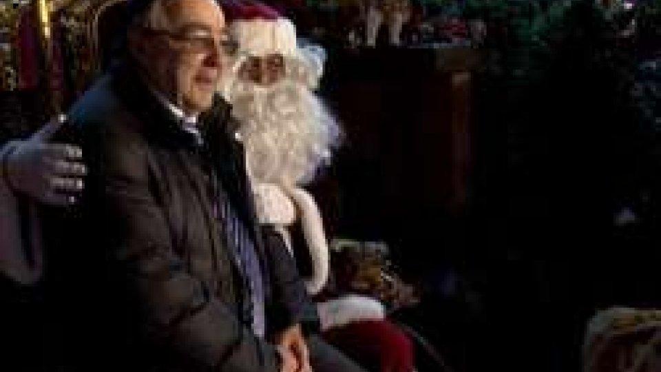 È il villaggio di Babbo Natale ad inaugurare l'arrivo del Natale delle MeraviglieIl villaggio di Babbo Natale iinaugura il Natale delle Meraviglie