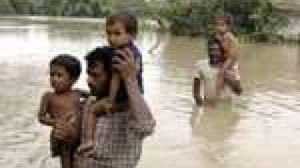 India. 22 i morti delle inondazioni a l'Orissa
