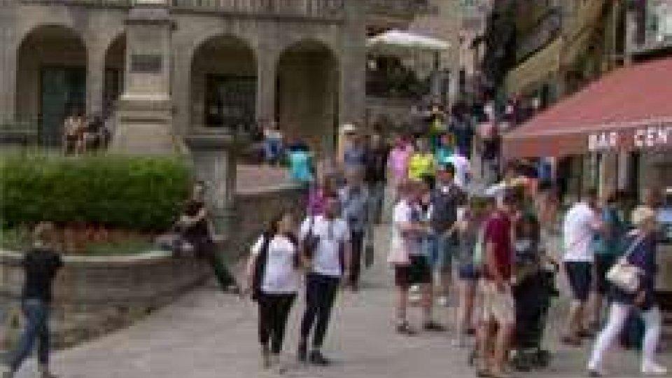 Turismo: ponte del 2 giugno rovinato dal maltempo