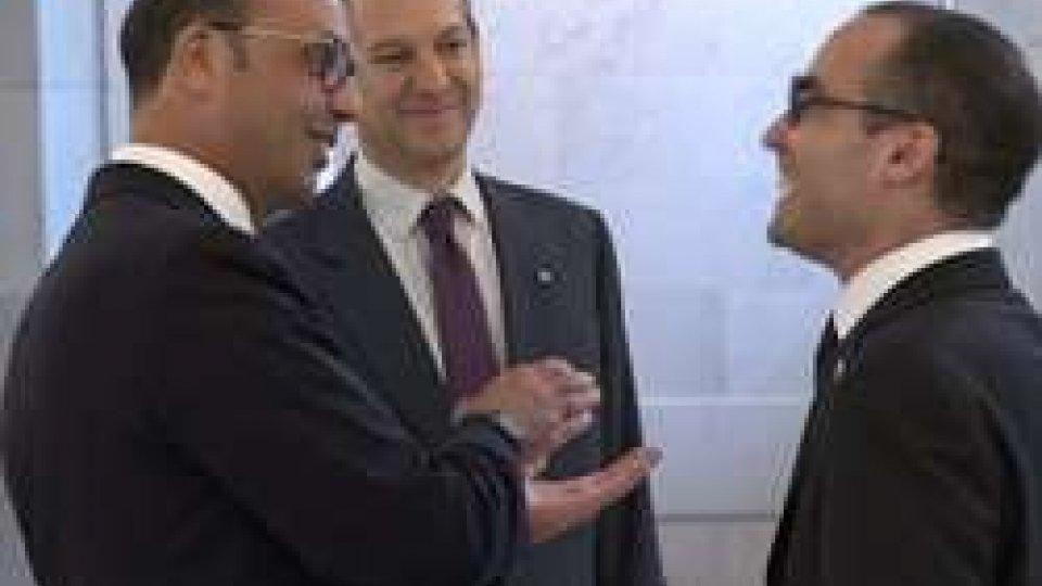 Alfano RenziAssociazione UE, incontro con il Ministro Alfano: il punto con il segretario Nicola Renzi
