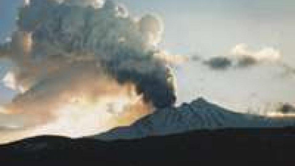 Etna: nuova fase eruttiva nel cratere sud-est