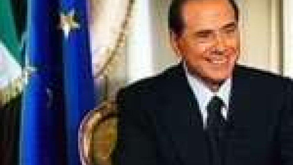 Duro attacco di Berlusconi ai finiani