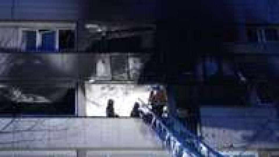 Francia: 5 morti nell'incendio di una palazzina