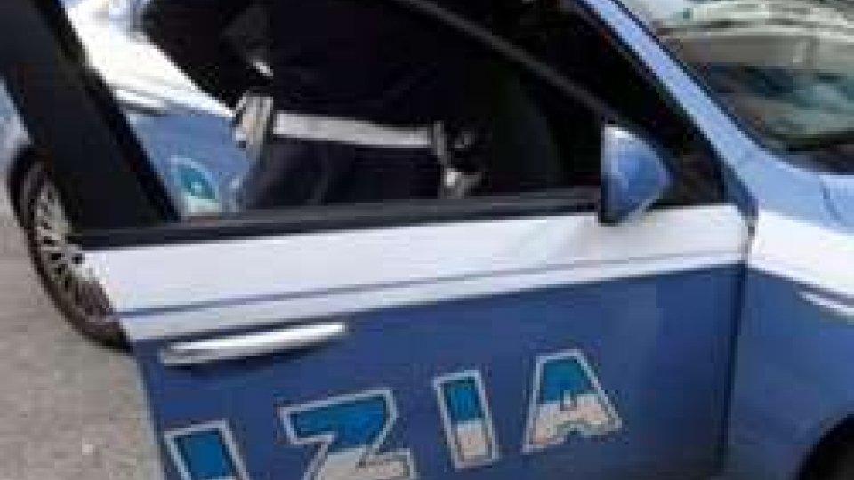 Urbino: la Polizia arresta uno straniero per resistenza a pubblico ufficiale