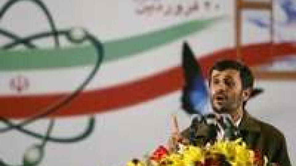 Nucleare. Iran a Usa: smette di puntate la pistola contro