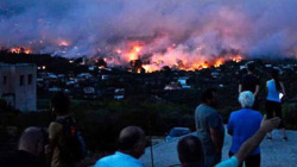 Incendi devastanti in Grecia, oltre 50 morti