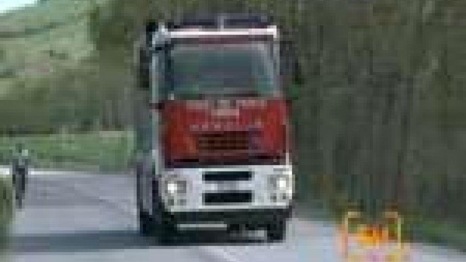 Morte sul lavoro a Borghi: operaio cade dentro macchina tritasassi