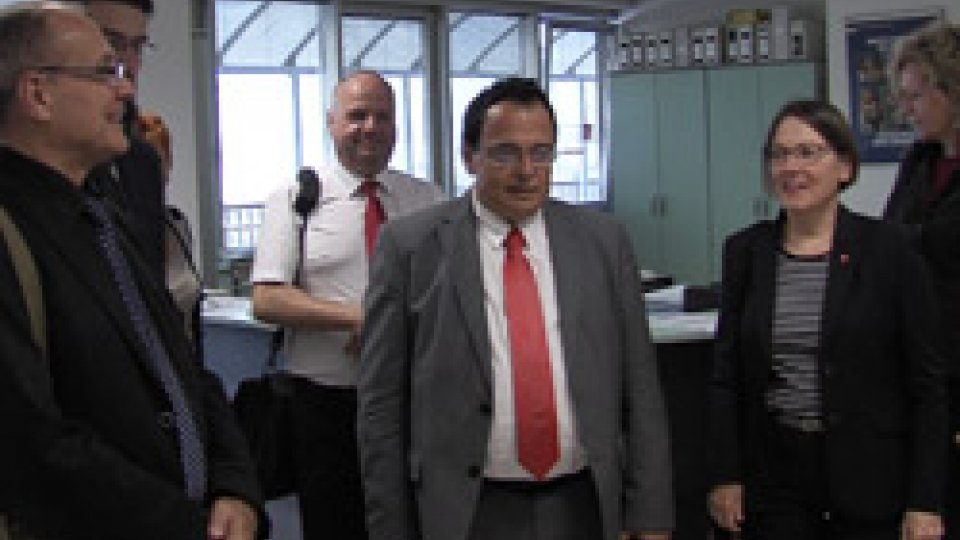 La delegazione stranieraCollaborazioni internazionali per la Csdl: a San Marino sindacati di Francia e Germania