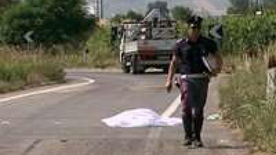 Ciclista investito da furgone a Santarcangelo, muore sul colpoCiclista investito da furgone a Santarcangelo, muore sul colpo