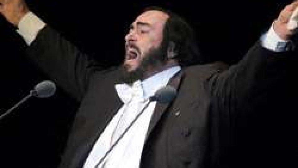 29 aprile 1961: Luciano Pavarotti debutta nella lirica