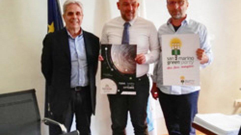 il Segretario Marco Podeschi al centro, a sinistra Zepparelli e a destra Geminiani