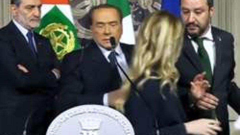"""Lo """"show"""" di Silvio Berlusconi con gli alleatiConsultazioni, è ancora stallo. E nel centrodestra Berlusconi ha agito da showman"""