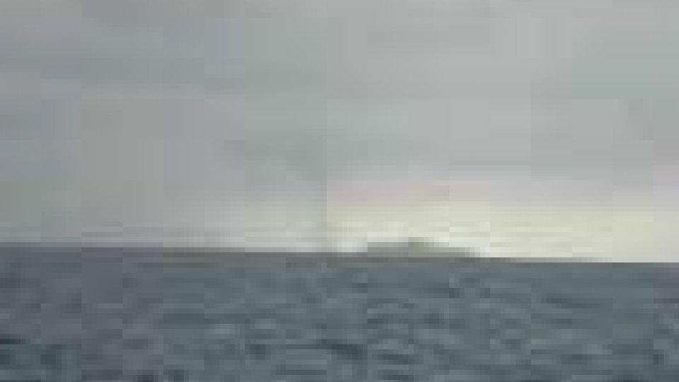 Spettacolari trombe d'aria in mare nel riminese