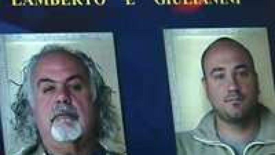 """Camorra: Rimini, arrestate 20 persone nell'operazione """"Mirror""""Camorra: Rimini, arrestate 20 persone nell'operazione """"Mirror"""""""