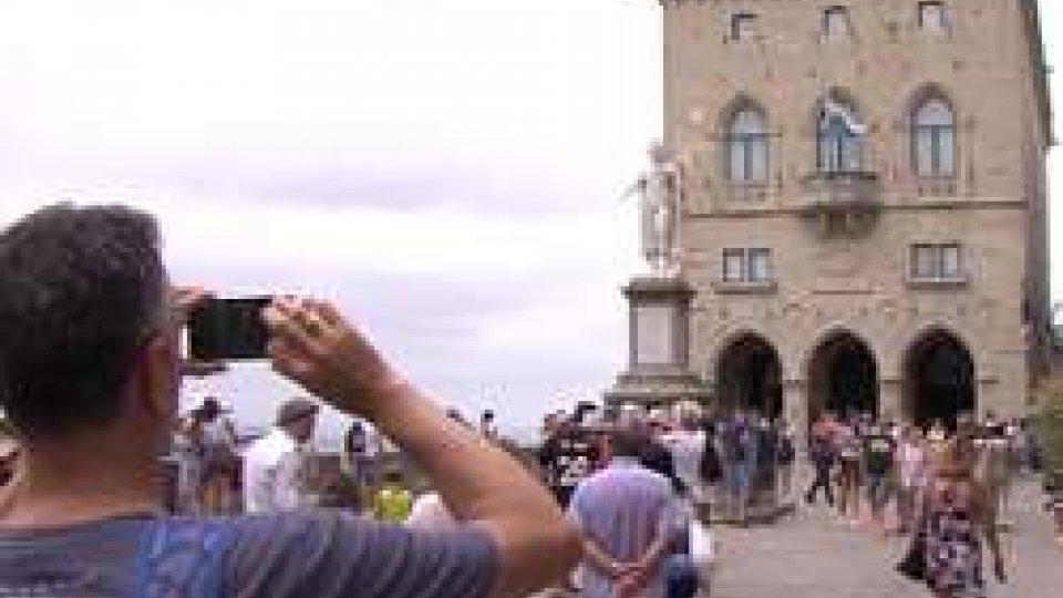 Turisti sul Pianello