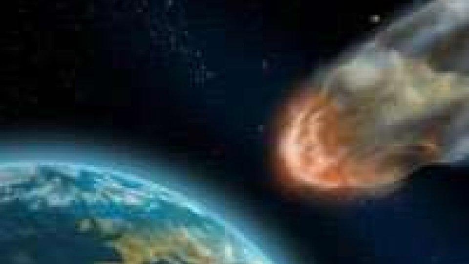 Asteroide Toutatis puntuale, giunto distanza minima da Terra