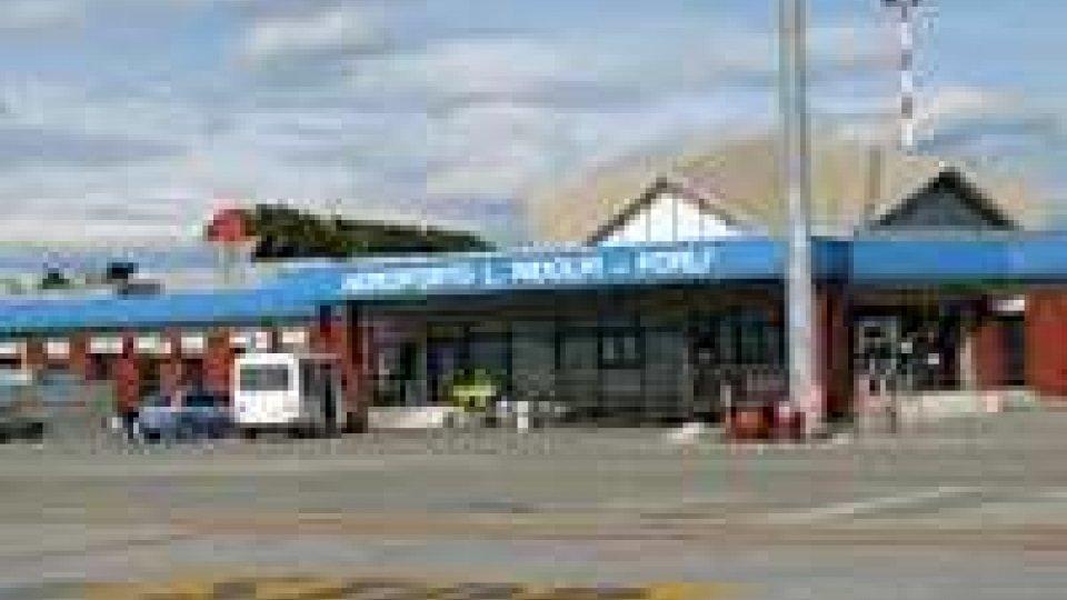 Aeroporti: operazione polizia appalti handling, 13 indagati