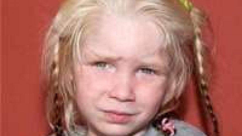 Grecia, non ha ancora un nome bambina bionda trovata con i Rom