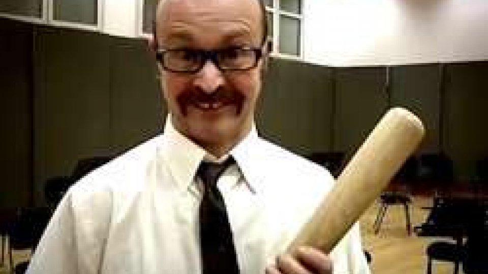 Giorgio VerduciIl Sig. Donovan-Verduci a San Marino con la mazza da baseball...