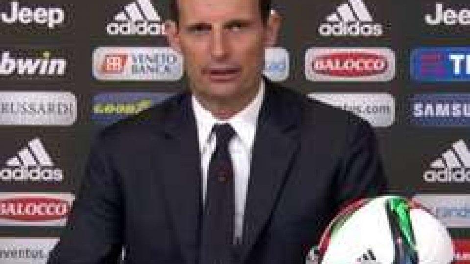 """Massimiliano AllegriJuve-Inter, Allegri: """"Scudetto più vicino"""", Mancini non parla"""