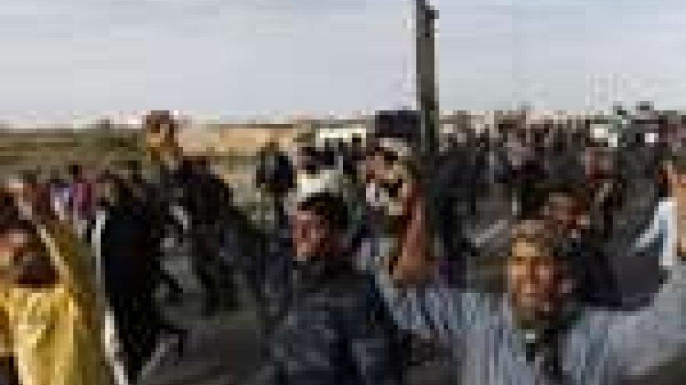 Libia: ribelli a caccia di parenti e sostenitori di Gheddafi