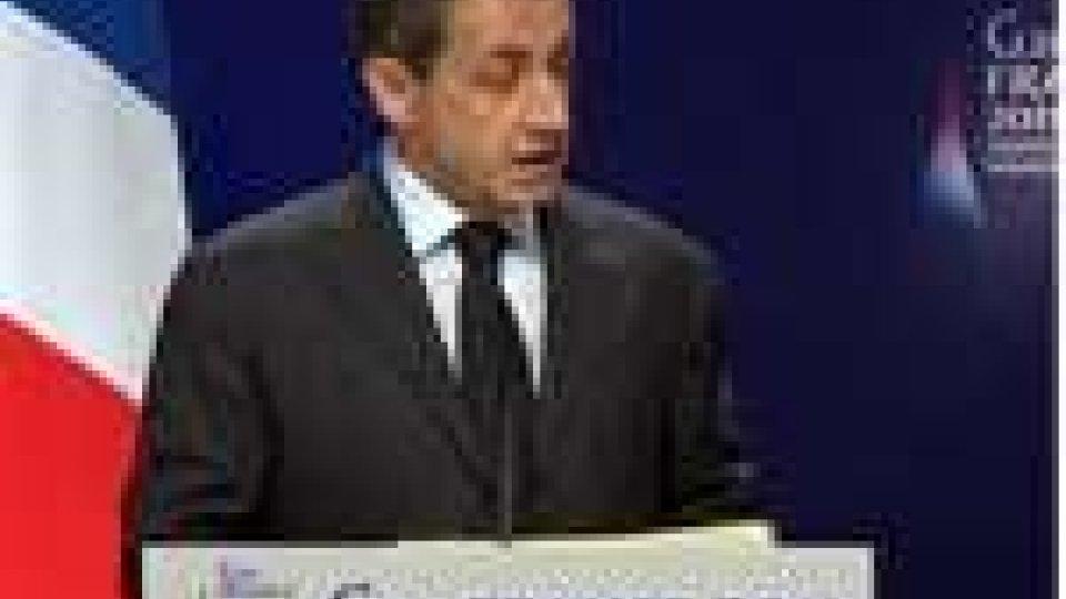 """Sarkozy: """"Papandreu? Un pazzo depresso"""""""
