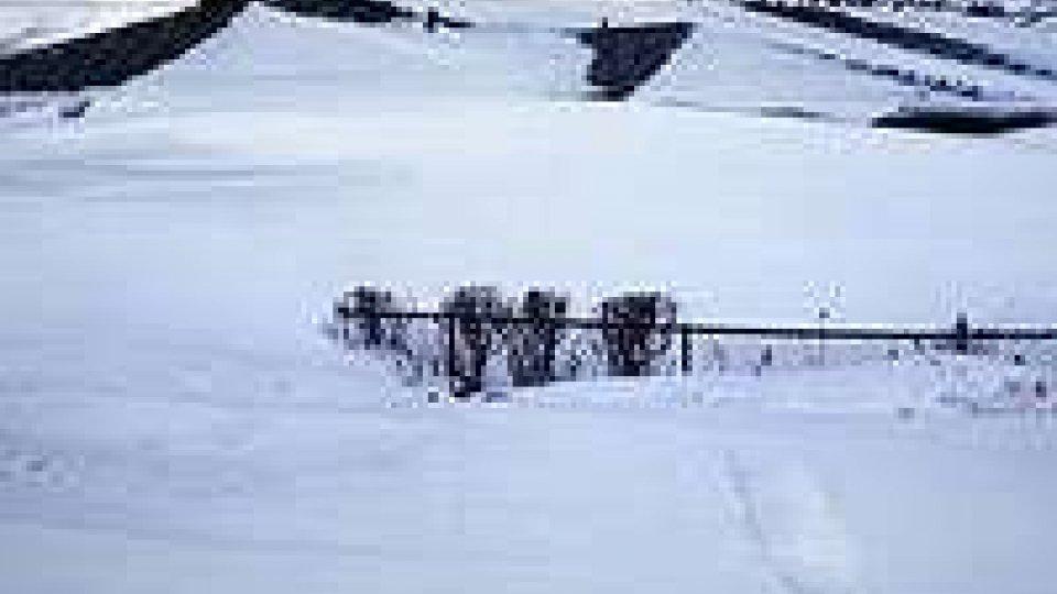 Un colpo di fucile per trovare la casa di due anziani sepolti dalla neve