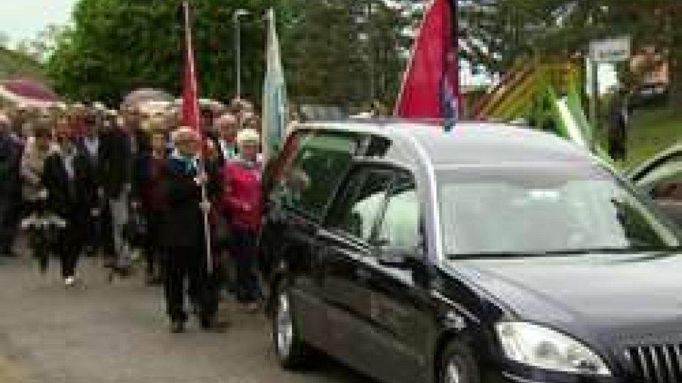 """funerale Pippo MaianiIl saluto a Maiani, Morganti: """"il suo un messaggio per un nuovo futuro"""""""