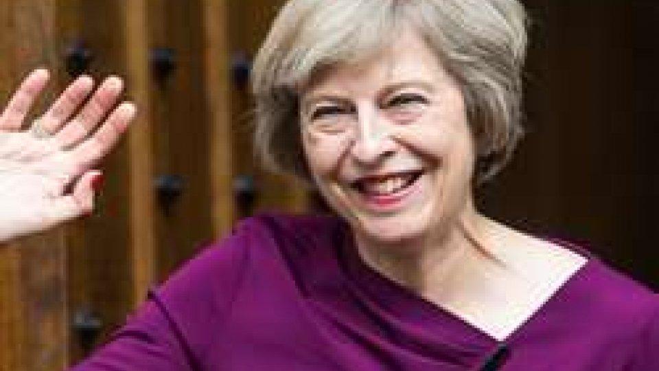 La Gran Bretagna ha il suo nuovo ministro, Theresa May