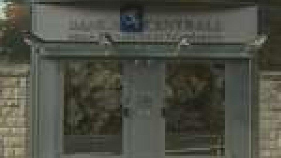 Banca Centrale: rimosso Caringi