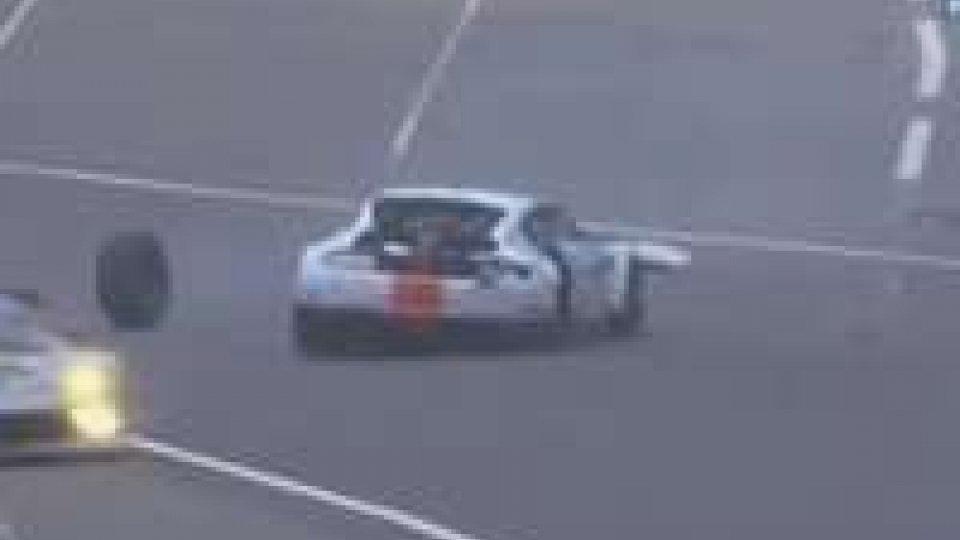 Tragedia a Le Mans: muore Simonsen