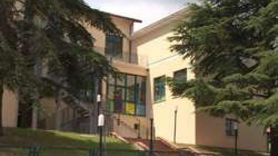 La Scuola di MontegiardinoPodeschi smentisce illazioni: il Governo non intendere chiudere plessi, scuole o sezioni