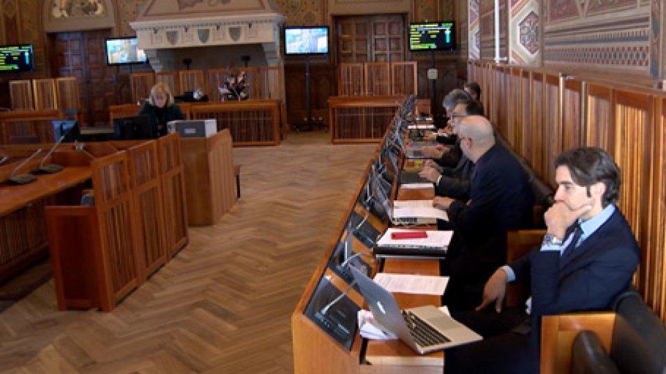 Consiglio Giudiziario PlenarioConsiglio Giudiziario Plenario e il nodo della partecipazione del Dirigente del Tribunale