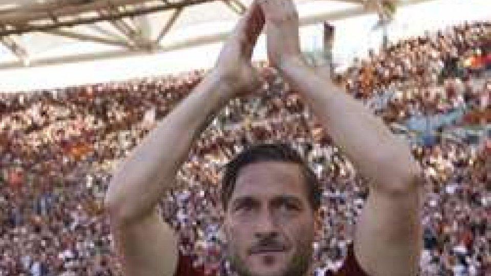 """L'addio di Totti alla Roma: """"ora si spegne la luce, e ho paura"""""""