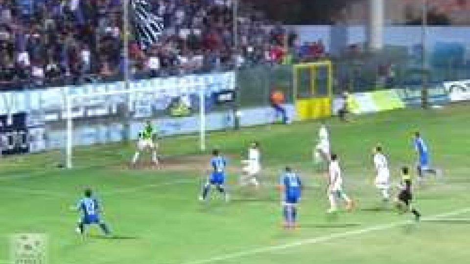 Il Siracusa crea, la Casertana passa: 0-2