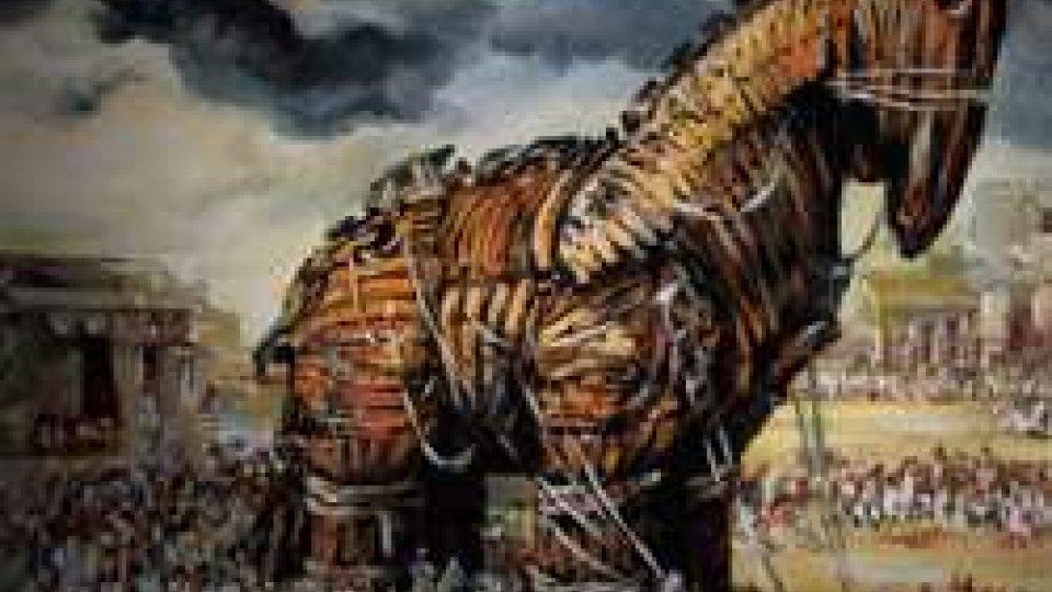 24 aprile 1184 AC: i greci conquistano Troia con il piano di Ulisse di costruire un cavallo di legno.