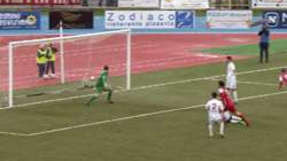 Rimini - Lentigione 2-1Il Rimini soffre ma allunga: 2-1 al Lentigione, Imolese a -7