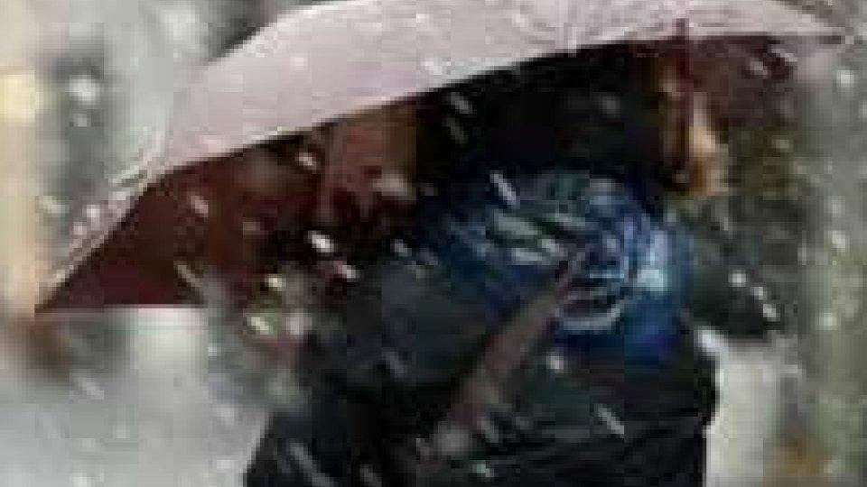 Meteo: allerta neve in Emilia-Romagna dalle 6 di domani alle 12 di lunedì