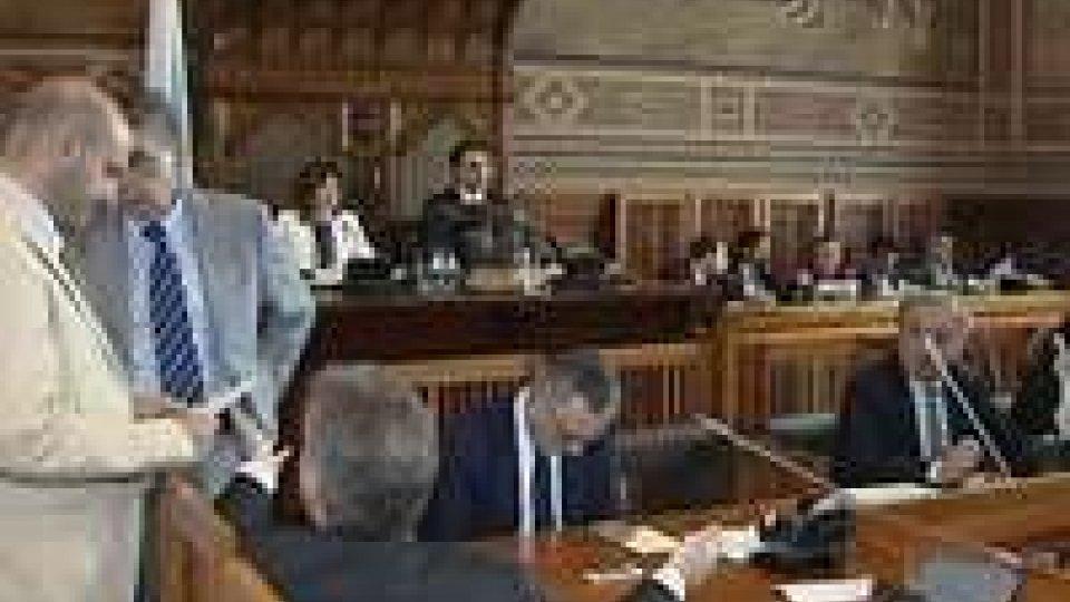 Consiglio: contento il governo, decisa la maggioranza, sfiduciata l'opposizioneDopo Consiglio: i commenti della politica
