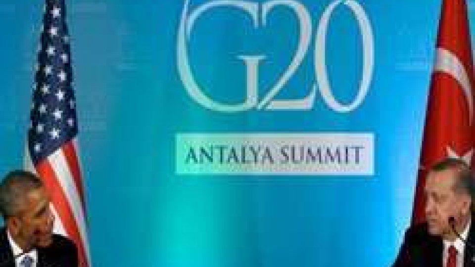 """Al G20 la minaccia terrorista, Obama: """"Raddoppiare gli sforzi"""""""